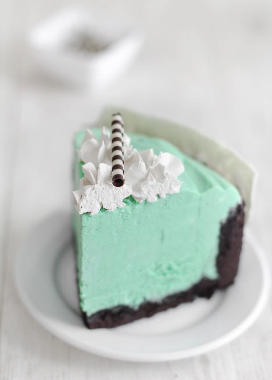 Mint-White Chocolate Mousse Cake
