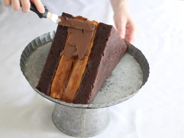 Candy Bar Cheesecake Brownie Mountain