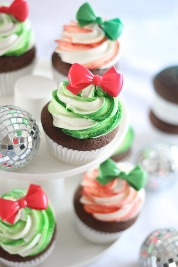 Gingerbread Cupcakes with Candy Stripe Frosting
