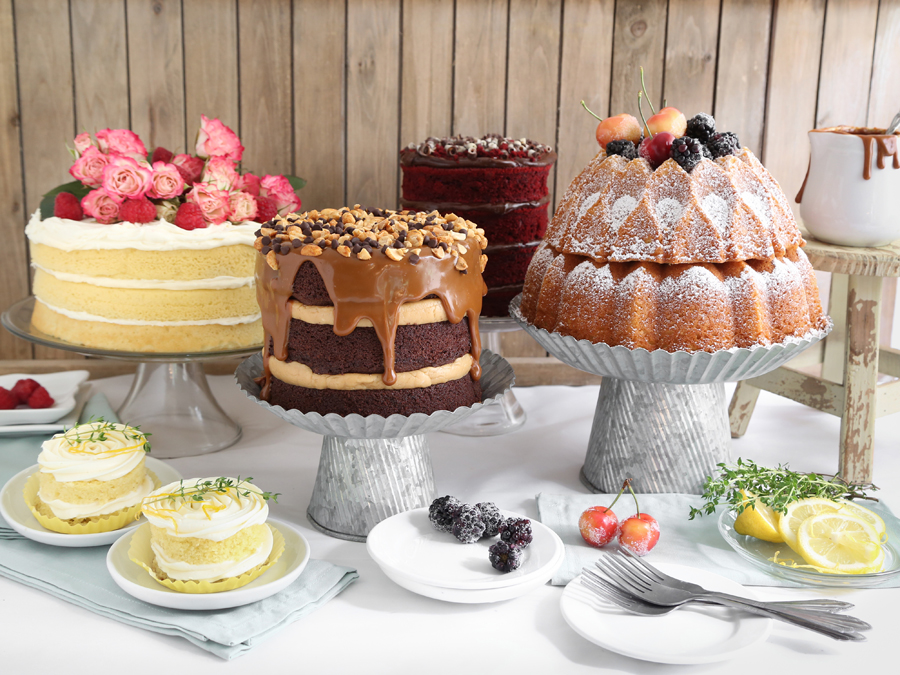 Eight Ways to DIY Naked Cakes for Food Network