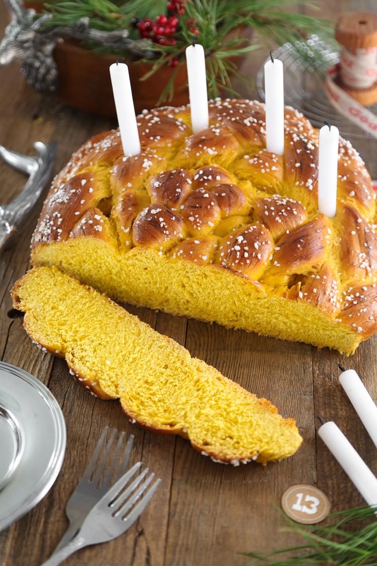 St. Lucia Crown (Swedish Saffron Bread)