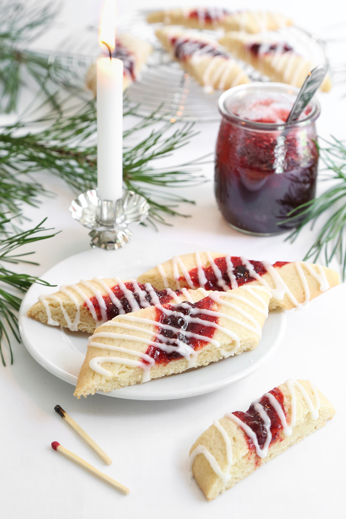 Split Second Red Jam Cookies