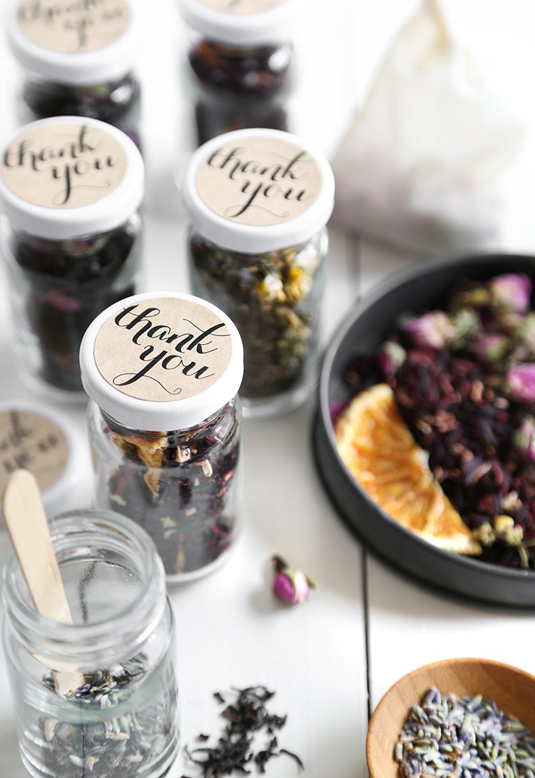 DIY Custom Wedding Tea Favors for the Etsy Blog!