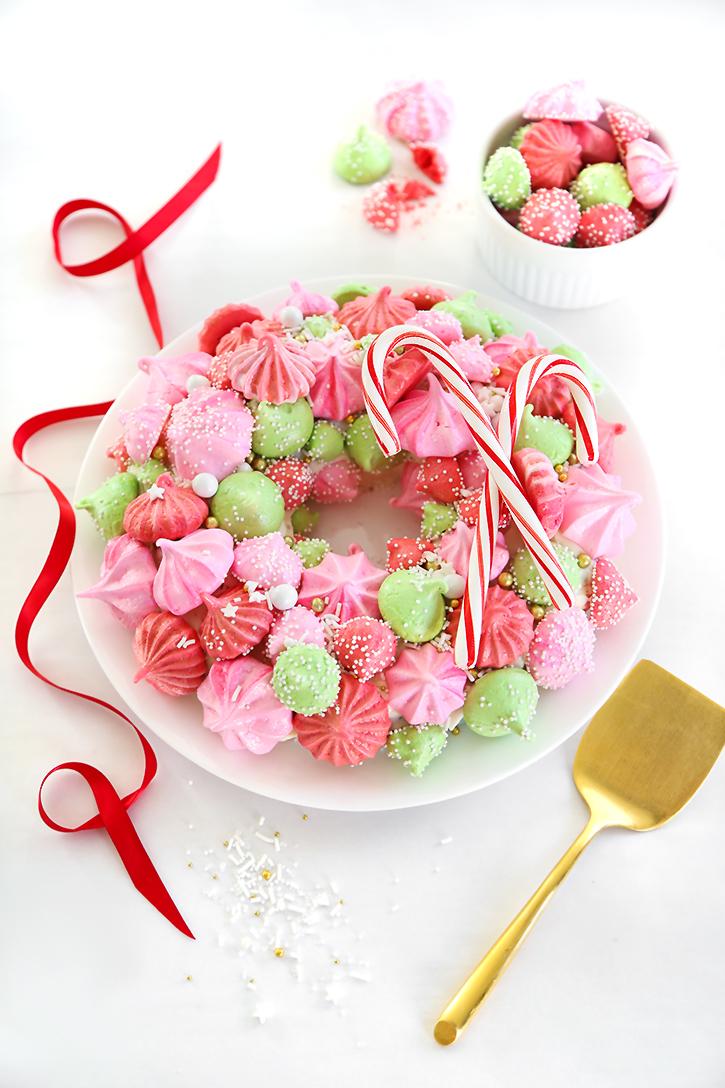 Meringue Christmas Wreath Cake