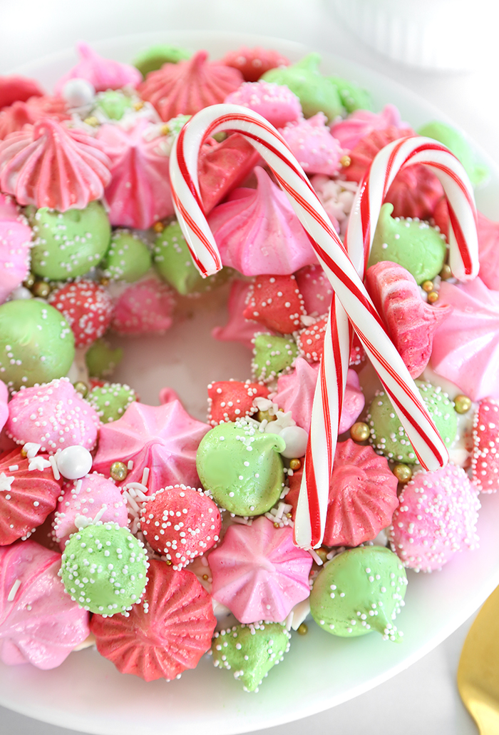 Meringue Christmas Wreath Cake