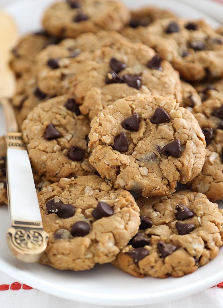 Flourless Oatmeal Peanut Butter Cookies