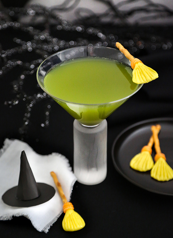 Melted Witch Cocktail