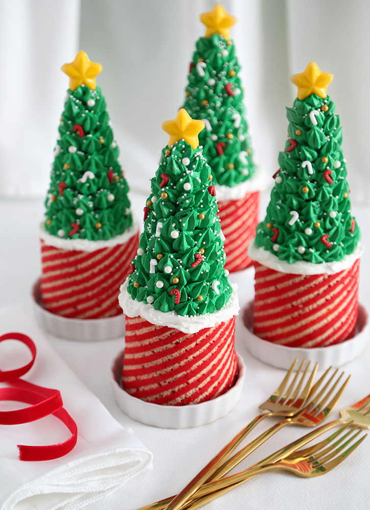 Peppermint Stripe Mousse Cakes